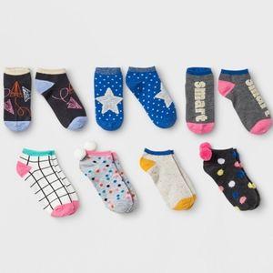 Girls 7 pack Pom Socks